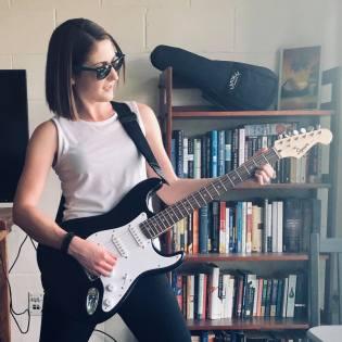 iris_stone_guitar